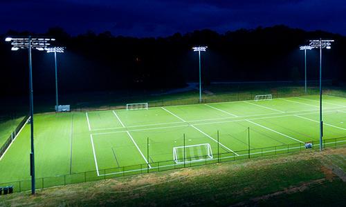 Iluminação para quadras esportivas